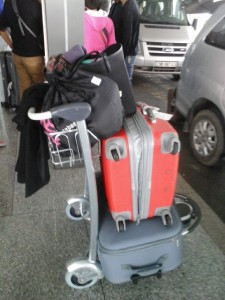 0-Arrivée à Hanoï 42 kgs de vêtements d'enfants